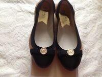 Brand new Genuine Michael Kors Dixie ballerina pumps size uk 4 -£60