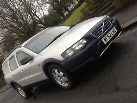 2003 VOLVO XC70 2.4 D5 SE AWD AUTO ESTATE WITH LEATHER IN SHOWROOM CONDITION