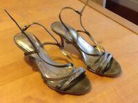 Girls heeled shoes size 3