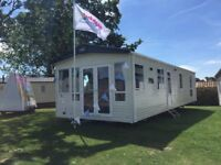 Stunning caravan / holiday home for sale! By the beach - Clacton on Sea - Essex *MUST SEE*