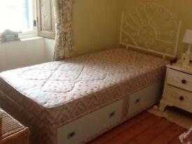 Single bed with storage drawers and mattress