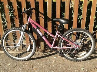 Brand New Pink Girls Bicycle age 8-13 approx