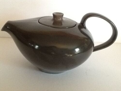 Russel Wright Iroquois Teapot & Charcoal Mid Century Modern Design 6 Cup