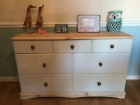 Solid wood large drawers unit