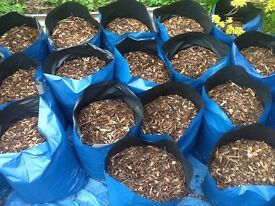 Wood chippings/Woodchip/mulch/bark/garden chippings/ chickens / coop/ delivered stored for over 1 yr