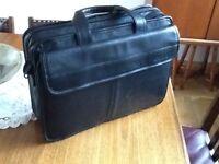Dell Black Laptop computer briefcase.