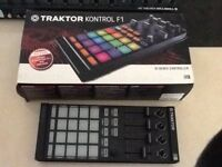 DJ re-mix controller