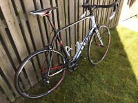 Carbon fibre race bike CUBE Agree GTC SL (2014)