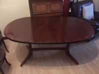 Cheap Fantastic Dining Table in excellent condition