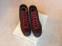 Men,s 'DAISY ROOTS' ANZINO Italian Walking Boots.