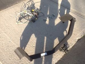 Ford Escape or Mazda Tribute hitch with install and wiring kit