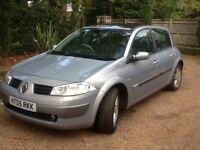 Renault Megan's hatchback silver