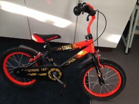 "16"" strike bike with stabilisers"