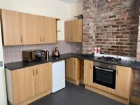 Rooms to let in Stanley Street, Fairfield L7