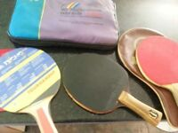2 table tennis bats and case(s)