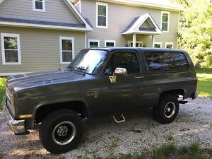 Looking for a 1970 to 1989 k5 blazer