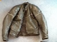 Men's short leather jacket