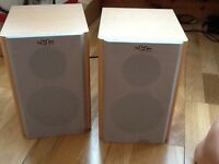 Surf Sound WS 620 active stereo Speakers 30W rms in beechwood colour £30