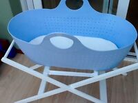 NEW Moba Moses basket, mattress and stand