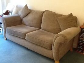Sofa second hand excellent condition