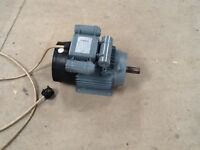 3KW 240Volt Single Phase motor made by Brook Hansen.Motor is in very good condition.