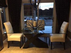 White leather dining - 1+ yrs old