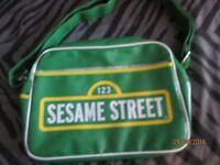 SESAME STREET RETRO THEME MESSENGER SHOULDER BAG BRAND NEW WITH TAGS STILL ON