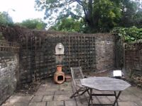 A double room to rent with a garden & lounge, near London Bridge, Borough station, move in ASAP