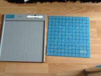 Scor-pal craft scoring board with self healing mat