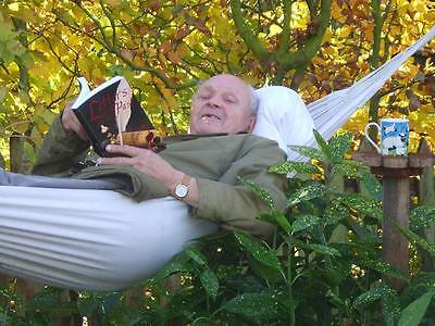 Strong, Comfortable BRITISH Hammock - Perfect Gift with FREE Hooks..