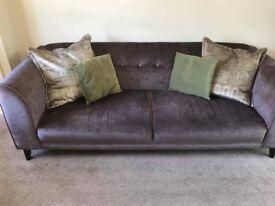 4 Seater Sofa and Cuddler