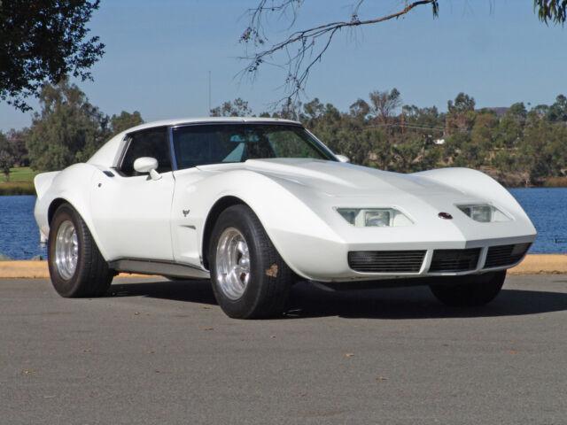 Chevrolet : Corvette 1969 Corvette Stingray Custom V8 4 Speed