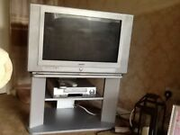 TV 26 in (not a flat screen) working well £20