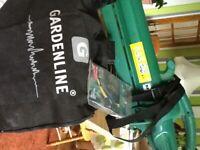 As New Electric Garden Leaf Blower/Shredder/Vacuum Excellent Condition GardenLine