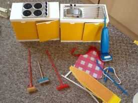 Sindy collection camper van kitchen dining room horse and buggy