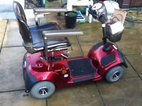 MERCURY NEO 4 MID SIZE MOBILITY SCOOTER ONLY 6 MOUNTHS OLD