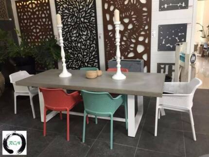 """""""Noosa style"""" Contemporary Concrete Furniture Designs"""