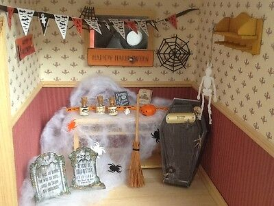 Dolls house miniature 12th scale - Halloween decoration set