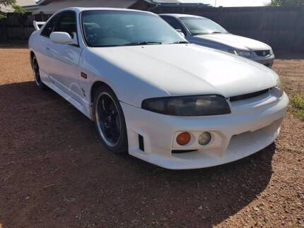 nissan skyline r33 non turbo 1995 Mount Louisa Townsville City Preview