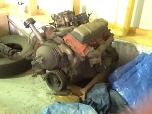 2 Oldsmobile engines