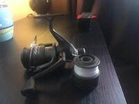 SHAKESPEARE OMNI40RD SPINNING REAL WITH LINE & SHIMANO 2500RB HYPERLOOP SPINNING REEL & SOME LINE