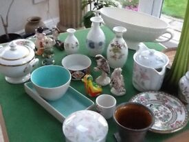 Box of quality China and glass (25 ) items
