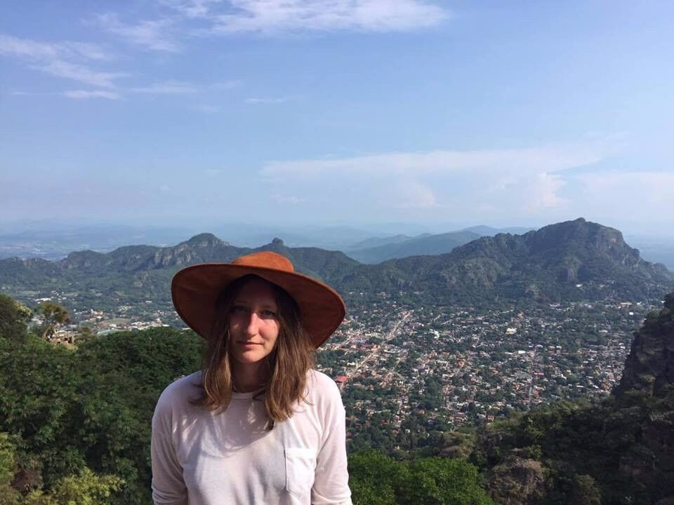 Creative and fun girl looking for a double room in Bristol
