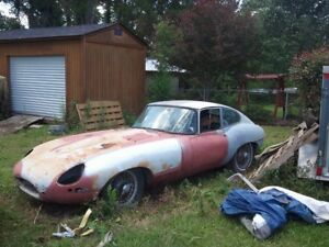 Buyer/ Jaguar XKE / Project/ Runner/ Rusted / Show Car