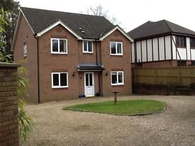 Four Bedroom detached house in Mayals