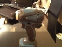 Makita bad 146 impact driver