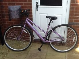 Ladies Apollo Haze 18 gear, 17 inch frame. Lilac colour in very good condition. Any questions, ask.