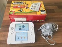 NINTENDO 2DS EXCELLENT CONDITION WITH GAMES