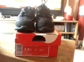 Nike baby trainers size 4