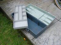 Fishing tackle box / Tool box.
